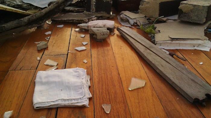 2011 Tuscaloosa tornado debris, Tanya Mikulas