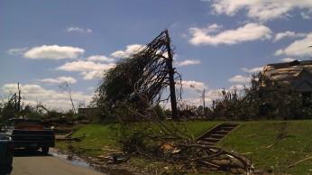 IMAG2551 april 28 Tanya Mikulas Tuscaloosa tornado 2011