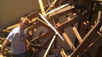 IMAG2592 jon april 28 Tanya Mikulas Tuscaloosa tornado 2011