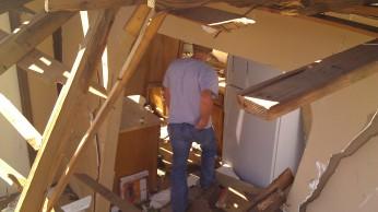 IMAG2593 jon april 28 Tanya Mikulas Tuscaloosa tornado 2011