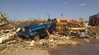 IMAG2695 jeep 15th st mcd april 28 Tanya Mikulas Tuscaloosa tornado 2011