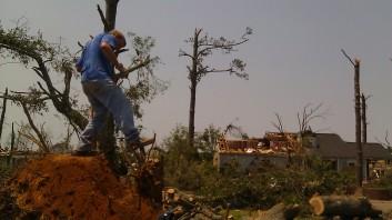 IMAG2806 april 30 Tanya Mikulas Tuscaloosa tornado 2011