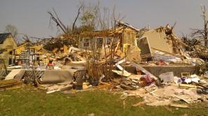 IMAG2810 april 30 Tanya Mikulas Tuscaloosa tornado 2011