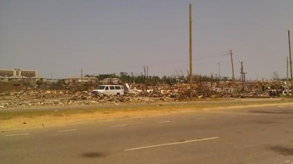 IMAG2815 april 30 Tanya Mikulas Tuscaloosa tornado 2011
