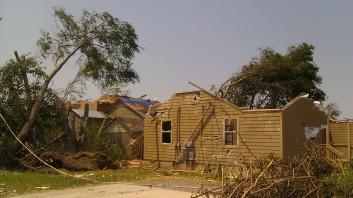 IMAG2826 april 30 Tanya Mikulas Tuscaloosa tornado 2011