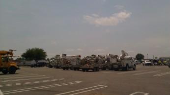 IMAG2844 power companies may 1 Tanya Mikulas Tuscaloosa tornado 2011.jpg
