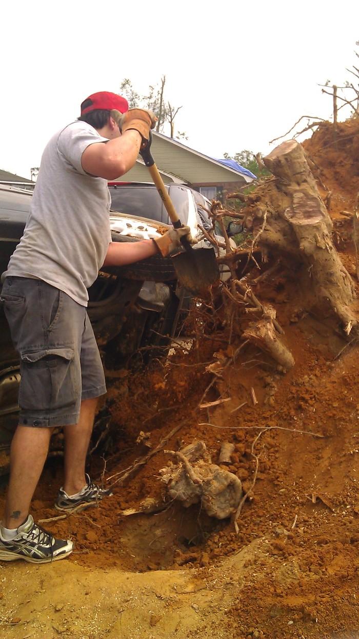 IMAG2847 passat may 1 Tanya Mikulas Tuscaloosa tornado 2011