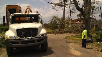 IMAG2879 city truck may 2 Tanya Mikulas Tuscaloosa tornado 2011
