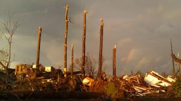 IMAG2987 rainbow may 3 Tanya Mikulas Tuscaloosa tornado 2011