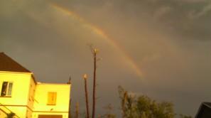 IMAG2998 rainbow may 3 Tanya Mikulas Tuscaloosa tornado 2011