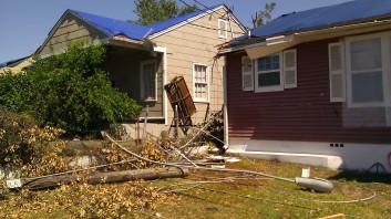 IMAG3041 swing may 4 Tanya Mikulas Tuscaloosa tornado 2011