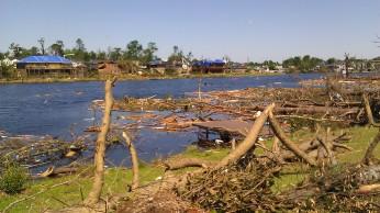 IMAG3065 lake may 4 Tanya Mikulas Tuscaloosa tornado 2011