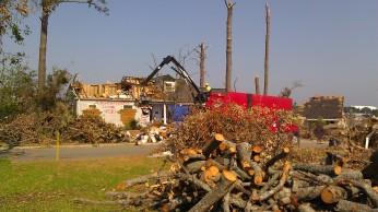 IMAG3259 truck may 10 Tanya Mikulas Tuscaloosa tornado 2011