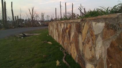 IMAG3293 wall may 11 Tanya Mikulas Tuscaloosa tornado 2011