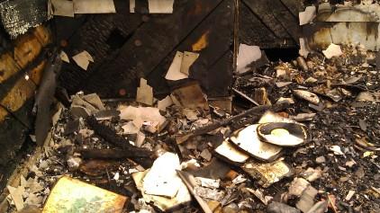 IMAG3467 fire may 14 Tanya Mikulas Tuscaloosa tornado 2011