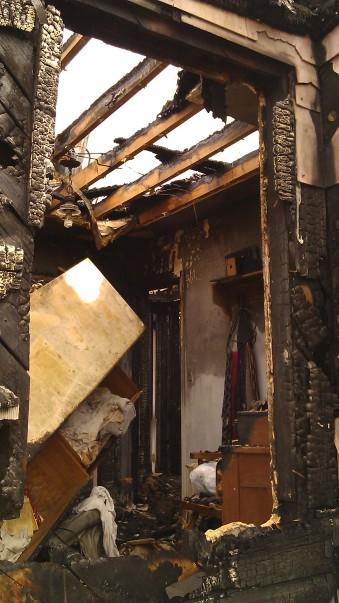 IMAG3476 fire may 14 Tanya Mikulas Tuscaloosa tornado 2011