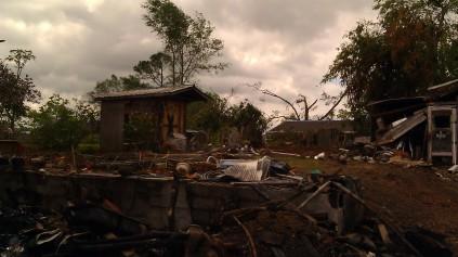 IMAG3483 fire may 14 Tanya Mikulas Tuscaloosa tornado 2011