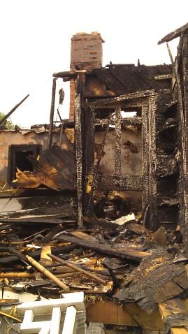 IMAG3497 fire may 14 Tanya Mikulas Tuscaloosa tornado 2011