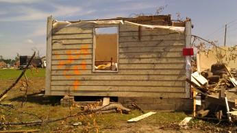 IMAG3622 live cat may 18 Tanya Mikulas Tuscaloosa tornado 2011