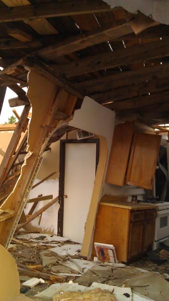 IMAG3683 may 21 Tanya Mikulas Tuscaloosa tornado 2011