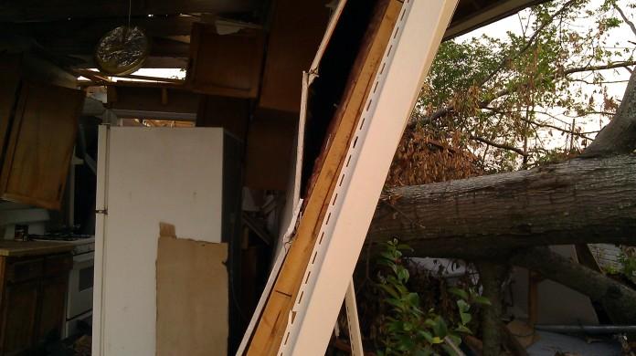 IMAG3684 house behind may 21 Tanya Mikulas Tuscaloosa tornado 2011