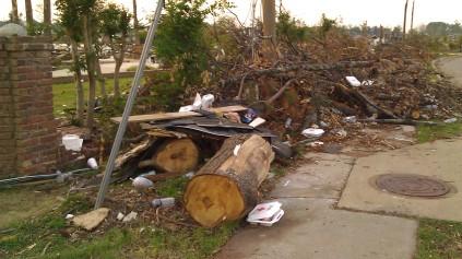 IMAG3691 may 21 Tanya Mikulas Tuscaloosa tornado 2011