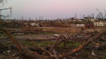 IMAG3754 may 22 Tanya Mikulas Tuscaloosa tornado 2011