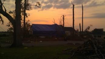 IMAG3813 tarp may 23 Tanya Mikulas Tuscaloosa tornado 2011