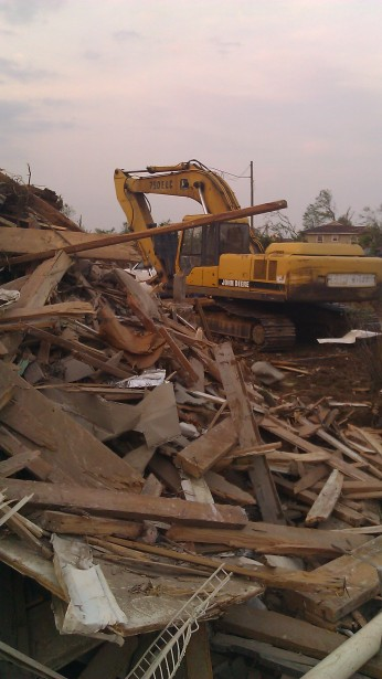 IMAG3818 may 23 Tanya Mikulas Tuscaloosa tornado 2011